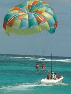 Para-sailing in the Bahama's . Stuff To Do, Things To Do, Parasailing, Hopes And Dreams, Great Life, Sports Activities, Extreme Sports, New Hobbies, New Adventures