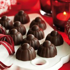 Sannes apelsinpraliner Christmas Sweets, All Things Christmas, Homemade Sweets, Candy Recipes, Sweet Tooth, Pudding, Sugar, Chocolate, Desserts