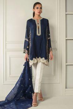 Picture of Embroidered block printed abha Pakistani Fashion Casual, Pakistani Dresses Casual, Pakistani Dress Design, Indian Dresses, Indian Outfits, Indian Fashion, Indian Designer Outfits, Designer Dresses, Trajes Pakistani