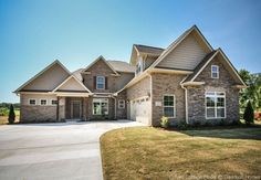 Davidson Homes LLC's Design Ideas, Pictures, Remodel, and Decor