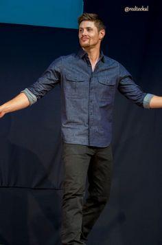 Reume War dance demonstration <3 #JibCon13 #Jensen