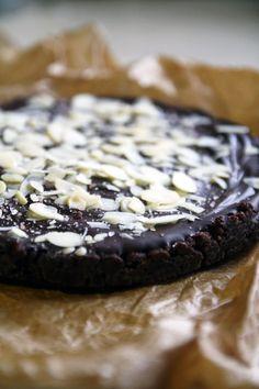 no bake, no sugar, no flour chocolate cake