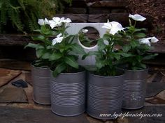 Under The Table and Dreaming: Recycled Tin Can Flower Caddy