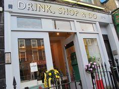 "<a href=""https://go.redirectingat.com?id=74679X1524629&sref=https%3A%2F%2Fwww.buzzfeed.com%2Failbhemalone%2Fafternoon-tea-in-london&url=http%3A%2F%2Fwww.drinkshopdo.com%2F&xcust=3567260%7CAMP&xs=1"" target=""_blank"">Drink, Shop & Do</a>"