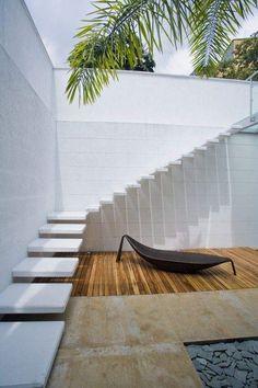 Escaleras exteriores. Ideas y consejos para acometer con garantías la construcción de una escalera exterior. Materiales, técnicas... y diseño, por supuesto.