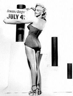 Marilyn Monroe - Beware!