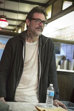 Jeffrey Dean Morgan in Shameless