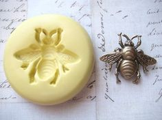 BUMBLE BEE (size small) - Flexible Silicone Mold - Push Mold, Jewelry Mold…