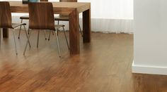 Saddle Oak: Slightly distressed natural oak finish to introduce classic style with a natural feel to any room in your home. #vinyl #natural #amtico #wood #oak #dining #room http://www.amtico.com/flooring/wood/saddle-oak