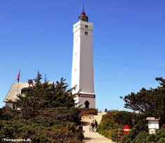 Blåvand - Fyrtårn. Populære fyrtårn ude ved Blåvand er besøgt af mange hvert år. Lighthouse in Blaavand - an absolute must see