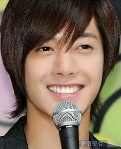 Kim Hyun Joong lovely smile