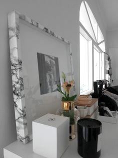 Faux marble frame with marble contact paper