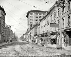 "Charleston, South Carolina, circa 1910. ""Broad Street looking west."""