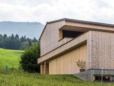 HAUS s egg — ARCHITEKTUR Jürgen Hagspiel Amazing Architecture, Planer, Shed, Outdoor Structures, House Design, Vacation, Eggplant, Ideas, Concept