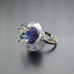 PET prsten fialové poupě