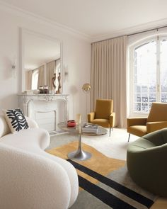 With a quaint village vibe and an idyllic outlook over the Seine River, we're adding this beautiful part of Paris to our bucket list right now. If you've ever wondered what the interior of one of these incredible apartments looks like, you're in luck! Keep scrolling to see one our favourite Parisian homes right now, Quai Aux Fleurs or 'Quay With Flowers' designed by local interior designer Fleur Delesalle.