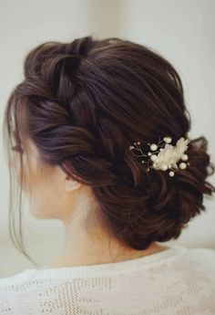 Gorgeous Wedding hairstyles to Inspire Your Big Day 'Do Whether you're going for a boho wedding ,chic romantic side bun or a classic updo wedding hairstyles,there's a hairstyle perfect for every bride Wedding Hair Side, Wedding Hair And Makeup, Boho Wedding, Wedding Ceremony, Bridal Side Bun, Wedding Updo, Trendy Wedding, Bride Makeup, Wedding Styles