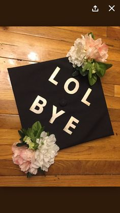 You Have to See These Hilarious Graduation Cap Designs & 30+ Creative Graduation Cap Decoration Ideas | Pinterest | Cap ...