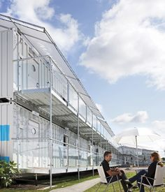Temporary structures specialist Neptunus has won a two-year contract to provide Snoozebox with a semi-permanent structure at its portable hotel at Silverstone Circuit in Northamptonshire.