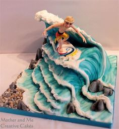 Mother and Me, Creative Cakes, Cake makers Hemel Hempstead, surfer cake