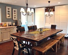 Rustic wood kitchen table creative shabby chic dining table be efficient di Rustic Kitchen Table Sets, Homemade Kitchen Tables, Kitchen Work Tables, Kitchen Table Bench, Dining Table With Bench, Dining Room Table, Rustic Table, Diy Table, Kitchen Ideas