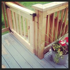 Add to the to-do list for the deck so pups can hang out? Porch Gate, Deck Gate, Deck Stairs, Gate House, Deck Railings, House With Porch, Wooden Pallet Projects, Outdoor Projects, Porch Railing Designs
