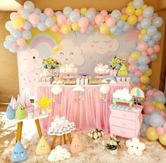 Has a delicate and fun party with the theme rain blessing. Check out everything you need to know about and 40 models of beautiful and inspiring holidays! Rainbow Birthday Party, Baby Girl Birthday, Unicorn Birthday, 1st Birthday Parties, Birthday Ideas, Cloud Party, Baby Shower Themes, Baby Boy Shower, Baby Shower Decorations