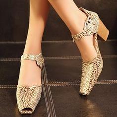Shoespie Cut-outs Peep-toe Square Heels