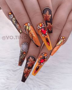 55 Trendy Fall Nail Art Designs to Try Right Now – nagel kunst Fall Nail Art Designs, Halloween Nail Designs, Beautiful Nail Designs, Acrylic Nail Designs, Halloween Nails, Fall Halloween, Halloween Coffin, Creative Nail Designs, Fall Acrylic Nails