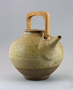 Karen Karnes (American, b.1925) A large Teapot, circa 1955
