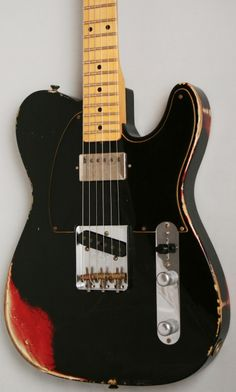 Fender Custom Shop '52 Telecaster Relic (Black over Candy Apple Red)