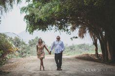 Una tarde en Pachacamac Couple Photos, Couples, Wedding, Couple Shots, Couple, Couple Pics