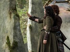 5 Biggest Shocks from the Outlander Season 2 Finale| Outlander, Caitriona Balfe, Sam Heughan