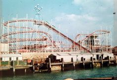 The Wild Mouse at Billy Mannings, scarred me to death when I was a child. Rattled so much I thought it was going to collapse. Roller Coaster Theme, Roller Coasters, Portsmouth England, Luxury Sailing Yachts, Hampshire Uk, Local Attractions, Beautiful Places To Visit, Old Photos, Seaside