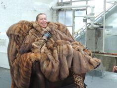 Fur Fashion, Fashion Dolls, Womens Fashion, Sable Fur Coat, Fur Blanket, Fox Fur, Style Guides, Mantel, Leather Boots