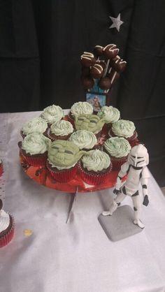 """Cupcakes """"YODA"""""""