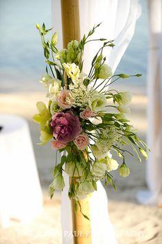 ▶ Flores para bodas en la playa.                                                                                                                                                      Más
