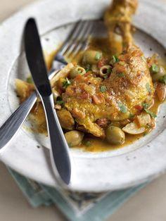 Recette Tajine de poulet mariné aux olives et citrons confits http://www.marmiton.org/recettes/recette_tajine-de-poulet-marine-aux-olives-et-citrons-confits_42392.aspx