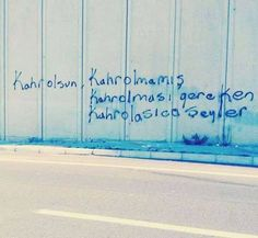 Street Movement: 44 beste Graffiti des Jahres 2015 – Ayse Kursuncu – Join in the world of pin Wallpaper Quotes, Wallpaper S, Best Graffiti, Was Ist Pinterest, Piercing Shop, Funny Wallpapers, Tattoo Fonts, Tag Art, Image Boards