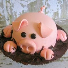You'll be surprised to find out just how easy this Pig In Mud Cake Instructions are. ou are going to love the stunning results. Watch the video too! Fondant Flower Cake, Cupcake Frosting, Fondant Cakes, Cupcake Cakes, Fondant Bow, Fondant Figures, Cow Cupcakes, Fondant Recipes, Fondant Tips