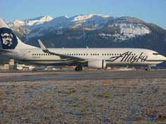 Alaska #Airlines offers up to 5 bags free for active duty military personnel with ID and up to 5 bags free for #military dependents with ID on travel orders.