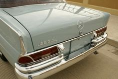 Learn more about Out of Africa: 1963 Mercedes Benz on Bring a Trailer, the home of the best vintage and classic cars online. Mercedes Benz Classes, Mercedes Benz Maybach, M Benz, Mercedes Models, Nissan 370z, Nissan Gt, Classic Mercedes, Lamborghini Gallardo, Classic Cars Online