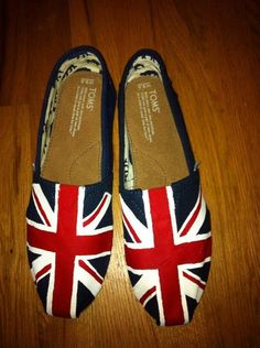 Union Jack Hand-painted Toms shoes