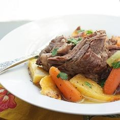 It's easy to forget that some of my winter favorite comfort foods are pretty close to paleo already. This very tasty paleo pot roast won't disappoint. Pot Roast Recipes, Beef Recipes, Whole Food Recipes, Healthy Recipes, Whole 30 Crockpot Recipes, Recipies, Easy Whole 30 Recipes, Pumpkin Recipes, Delicious Recipes