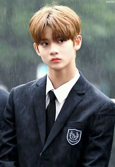 Wanna-One - Bae Jinyoung Korean Boy Bands, South Korean Boy Band, Jinyoung, Bae, Hard To Say Goodbye, Lee Daehwi, Produce 101 Season 2, Ha Sungwoon, Kpop