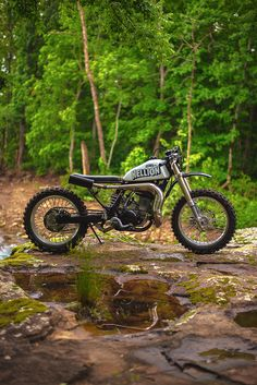 Yamaha's mad, bad WR500 two-stroke gets a stunning custom makeover. Beautiful work from One-Up Moto Garage, who have just scored their first feature on Bike EXIF.