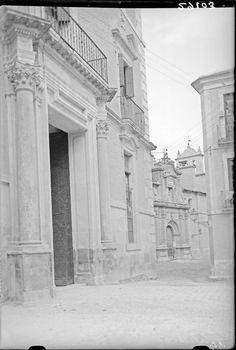Colegio de Santa Clara (expalacio de velez al ppo de alfonso x) y convento de Santa Ana