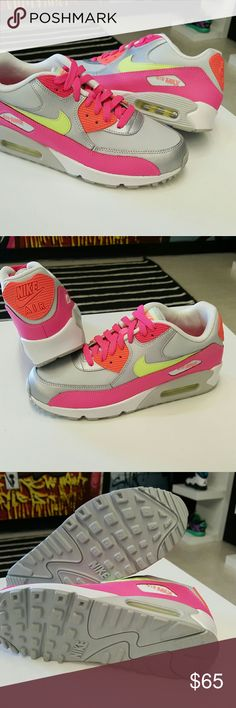 New Nike Air Max 90 Pure Platinum New Nike Air Max 90 Pure Platinum  Condition New without box Never worn Sz 6Y Same day shipping   100 % authentic Nike Shoes Sneakers