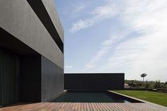 Modern House Design : House in Guimarães / AZO. Sequeira Arquitectos Associados