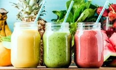 juice Benefits 10 Best Detox Smoothies For A Flat Belly Cleanse – The … - Detox smoothie Smoothie Fruit, Smoothie Detox, Breakfast Smoothies, Avocado Smoothie, Strawberry Smoothie, Ginger Smoothie, Healthy Foods To Eat, Healthy Snacks, Healthy Recipes